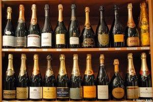 V-Comme-Vin-propose-un-large-choix-des-meilleurs-champagnes-et-des-grandes-cuvees_album_full