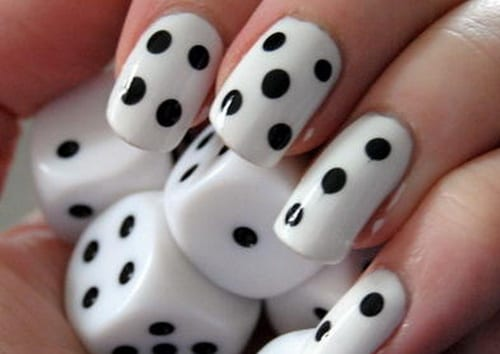 30 easy and unique nail art ideas and designs listaka the dice is one of the most popular nail art design these are basically diy dots alone but with a twist making dots can be a little stressful and shaky prinsesfo Image collections