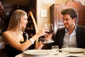 What-to-talk-about-on-a-first-date-and-how-to-avoid-faux-pas