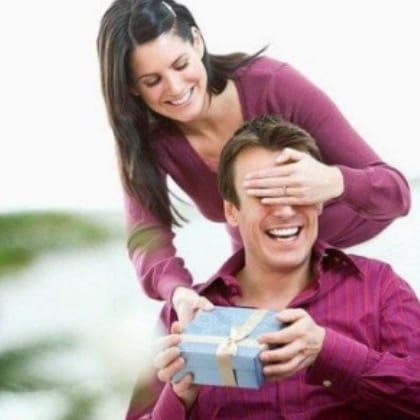 db03b0d201aac Top 10 Best Gifts To Give Your Boyfriend On His Birthday Listaka