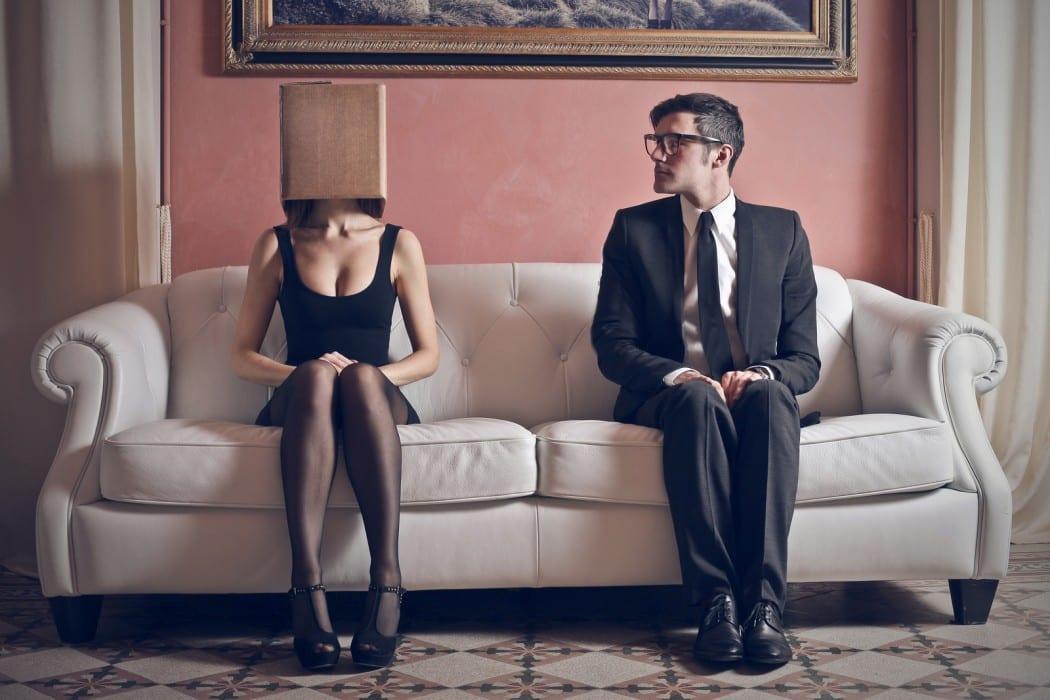 Introvert guy dating an extrovert girl