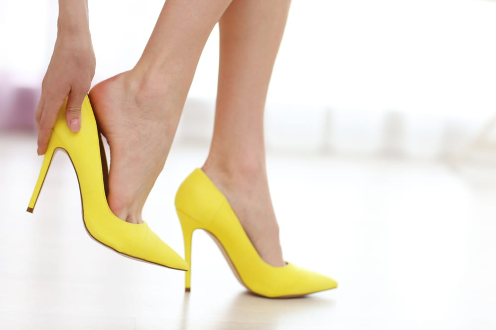 How to Appear Taller and Slimmer: Shoes with Low Cut Vamps and with Heels