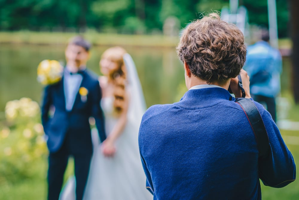 Best Tips for A wedding on a Budget: communicating the local store