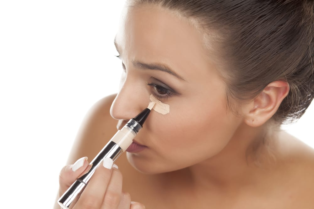 Ways to Eliminate Eye Bags: Conceal it