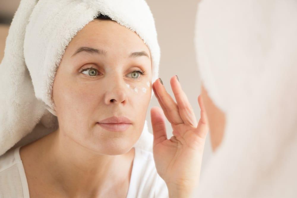 Ways to Eliminate Eye Bags: Consider an eye cream regimen