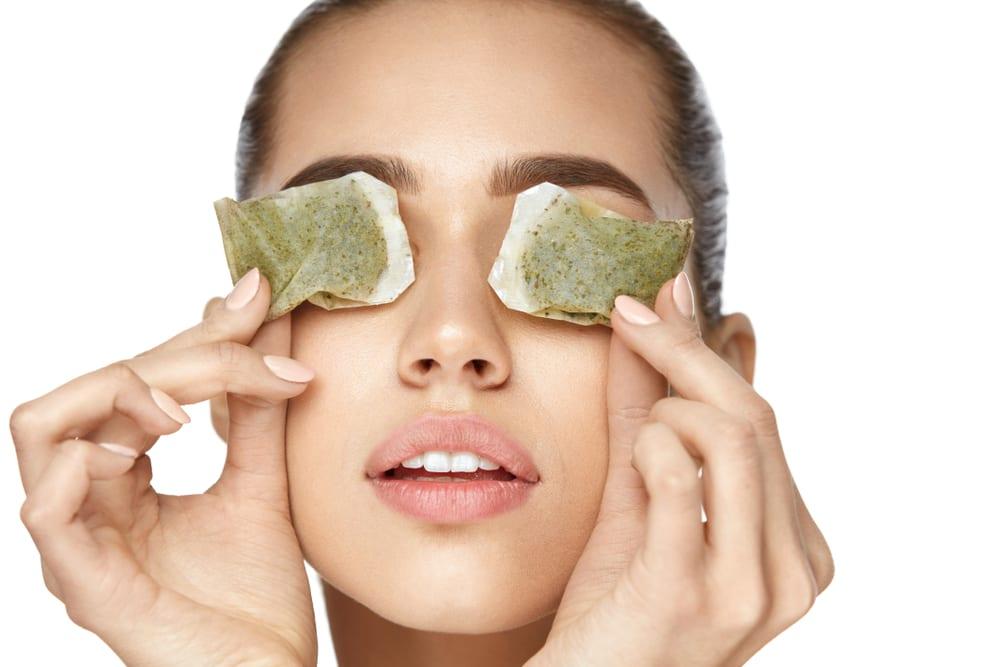 Ways to Eliminate Eye Bags: Cooldown Those Eyes