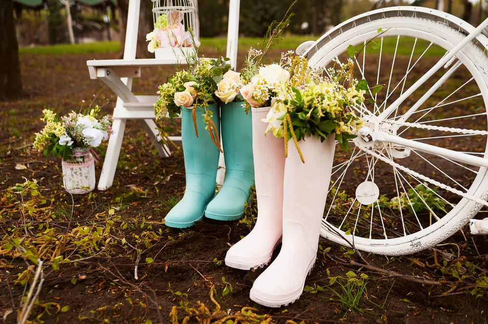 Best Tips for A wedding on a Budget: cost shop for designs and think about buying used