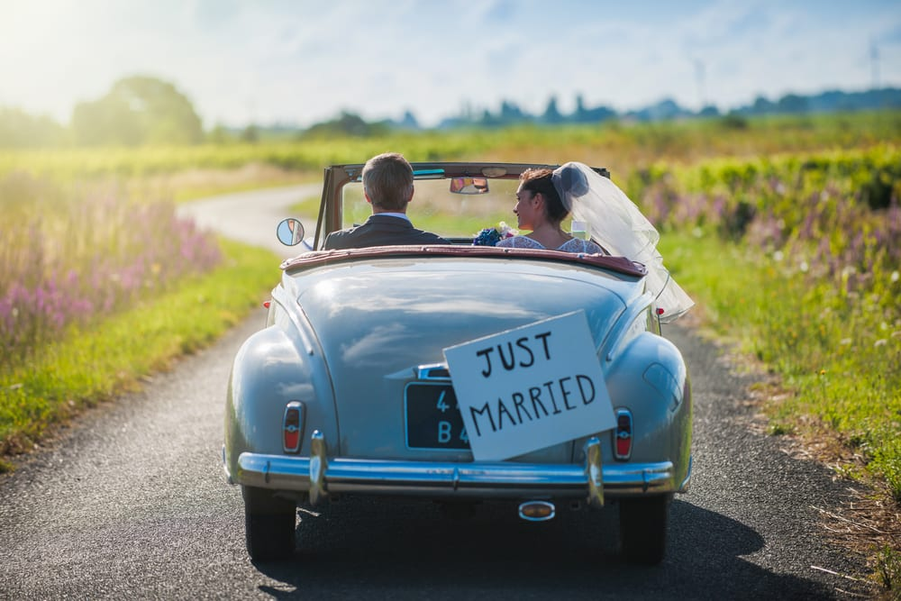 Best Tips for A wedding on a Budget: Make your honeymoon simple not an extravagant one