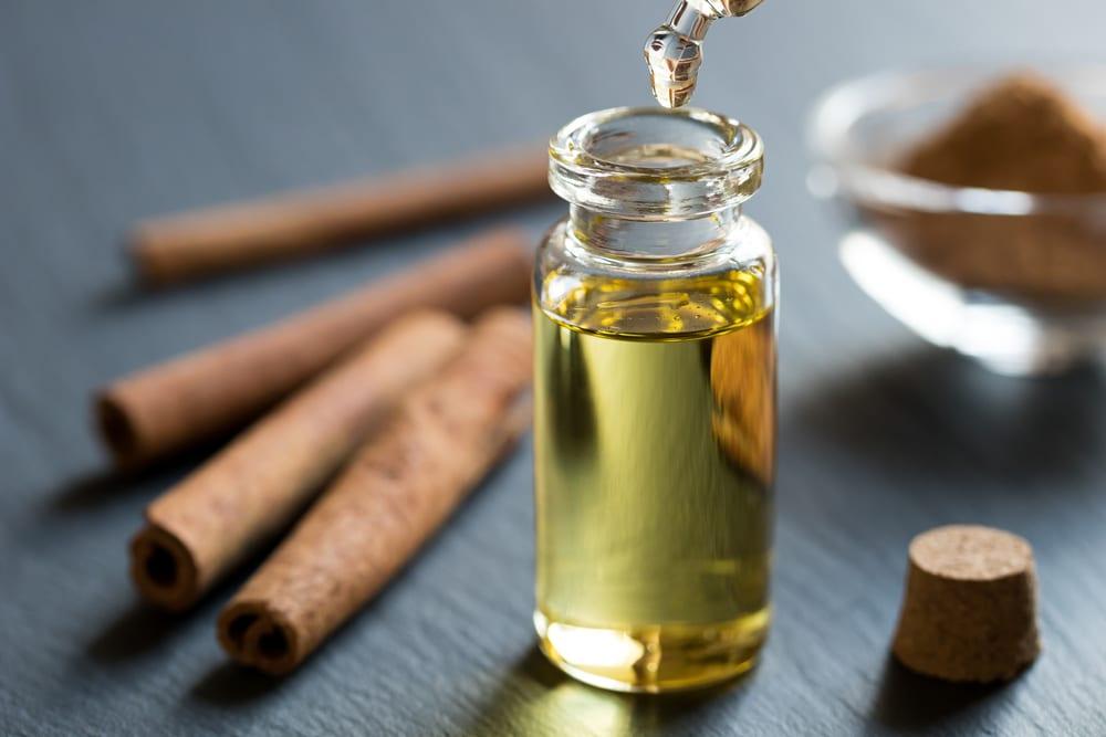 Ways to Achieve Pouty Lips - cinnamon oil