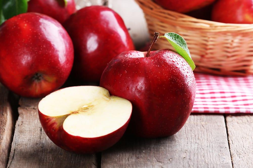 Low Sugar Fruits - apples
