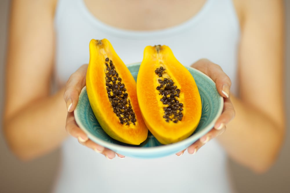Smelly Foods that are Worth Eating-papaya