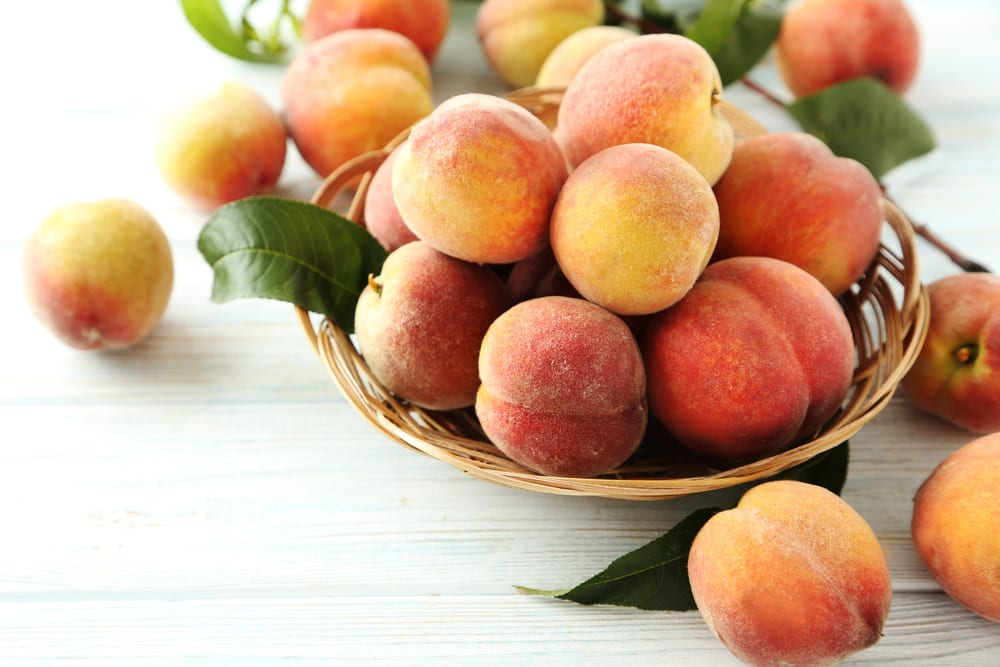 Low Sugar Fruits - peaches