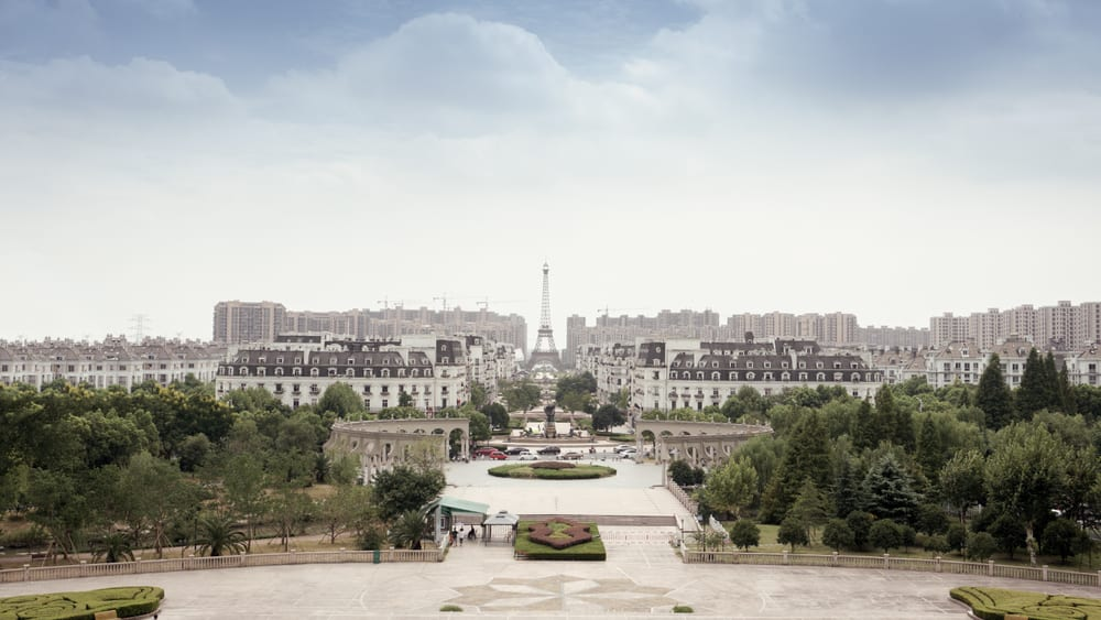 Places in China that Look Like Europe- Paris in Tianducheng