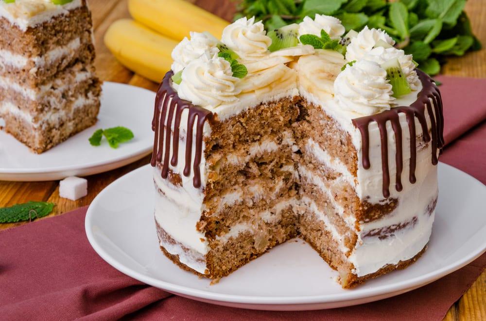 World's Best Desserts - hummingbird cake