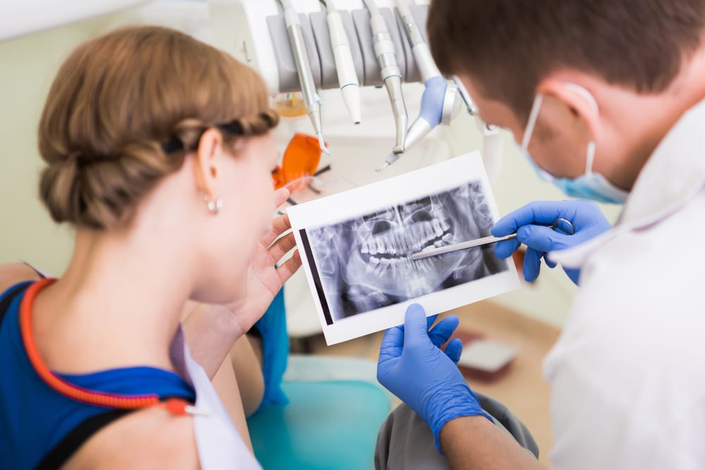 Benefits of Professional Dental Cleanings - Detect possible issues