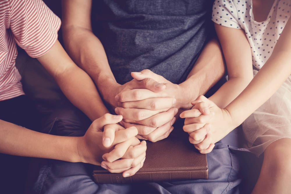 Tips for Better Family Time - Always make time to pray together