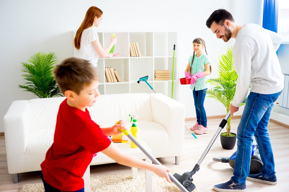 Tips for Better Family Time - Do household chores together