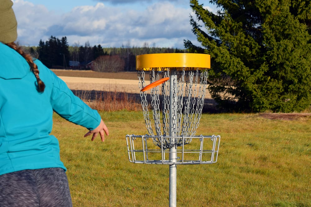 Most Unusual Kids Sports - Disc Golf