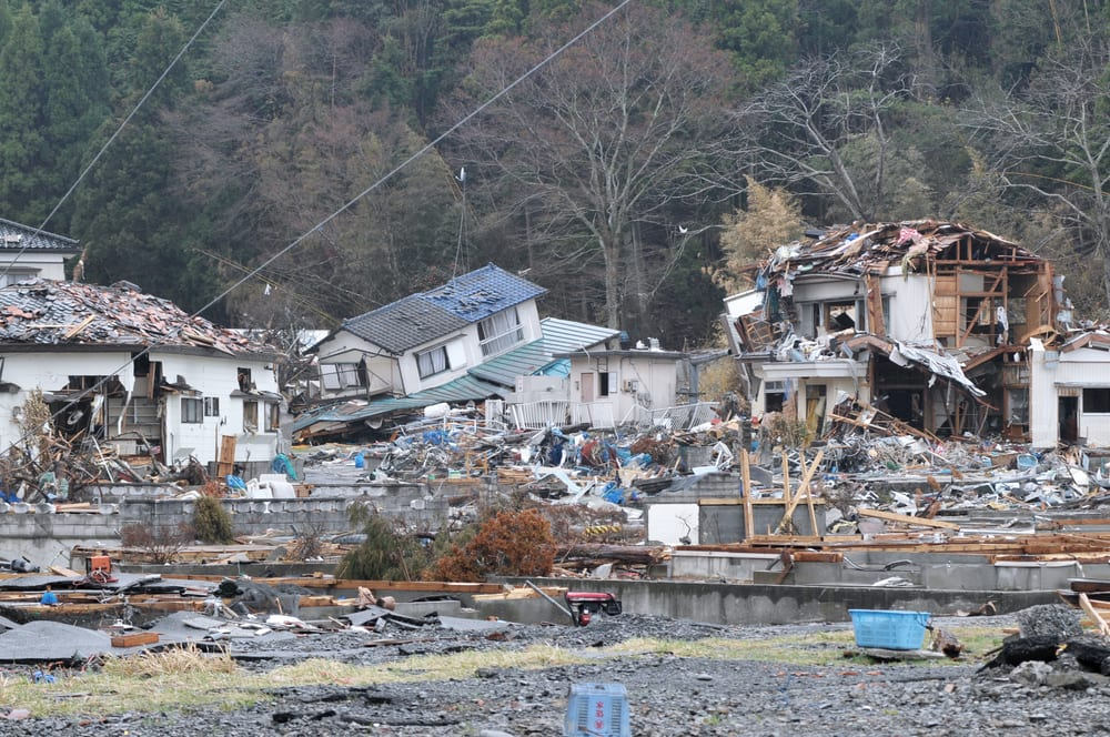 Worst Natural Disasters - Tohoku Earthquake and Tsunami