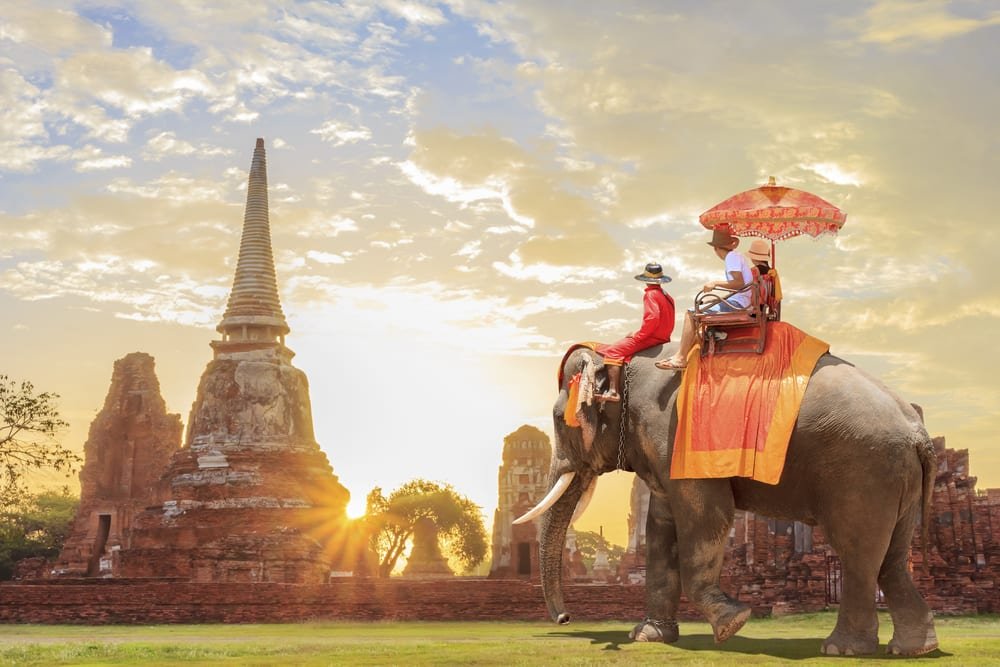Why Traveling Makes You Richer - Travel shows you rich culture