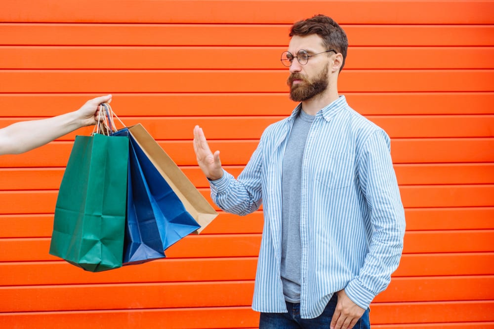 Tips for a zero-waste living - Decrease your shopping trips and maintain a shopping list
