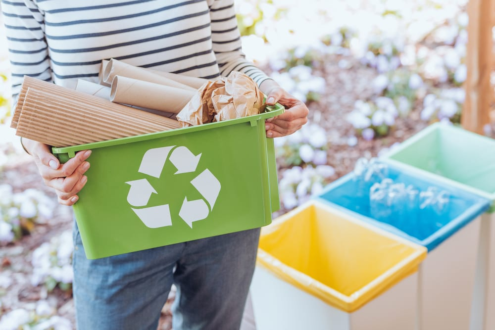 Tips for a zero-waste living - Know the recycling policies and locations in your area