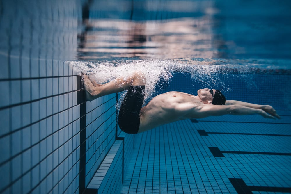 Best Swimming Benefits - It holds one calories burned