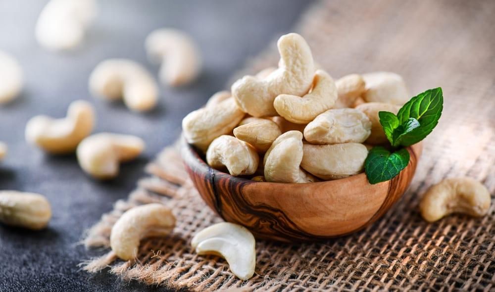 Healthiest Nuts - Cashews