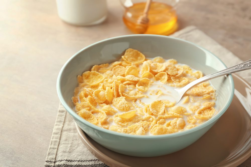 Late-Night Nutritious and Healthy Snacks - Milk and Cereal