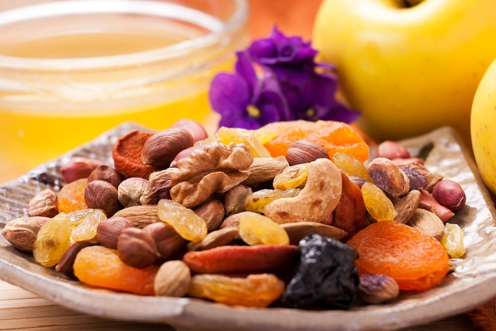 Late-Night Nutritious and Healthy Snacks - Nuts and Fresh Fruits